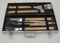 5 Piece Oak wood BBQ Sets in Aluminum case