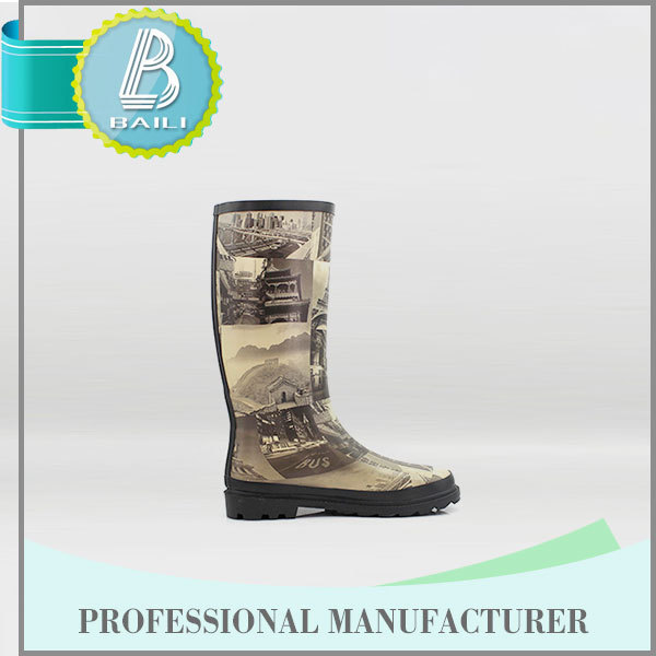 Famous Brand Customised designs Rubber Cheap transparent waterproof pvc rain boot