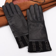 Accept custom women fashion cheap leather gloves in black