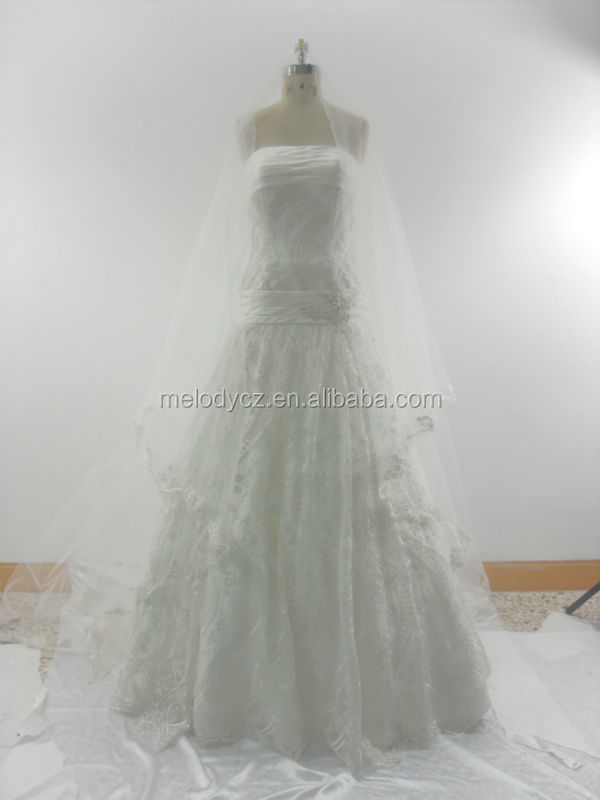 White elegant off shoulder long veil design appliqued ball gown wedding dresses