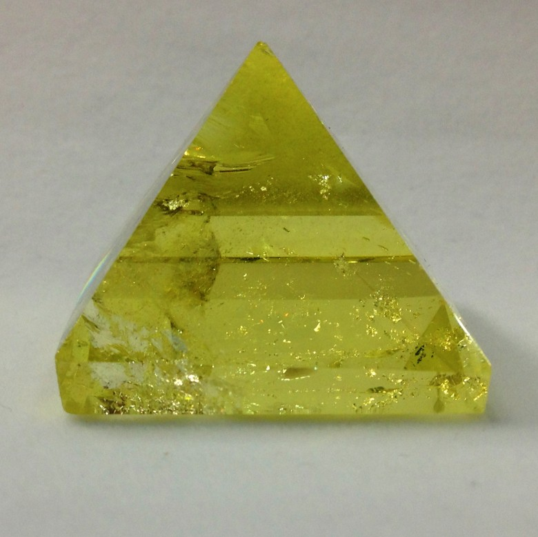 Natural rock citrine/Citrine/Scottish topaz quartz crystal pyramid for healing