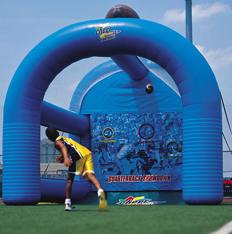 Hola cheap inflatable ball game/used commercial inflatable game