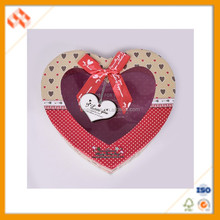 Beautiful Luxury Heart Shaped Transparent Fancy Chocolate Box Custom Cardboard Cookies Gift Box With Lid And Window