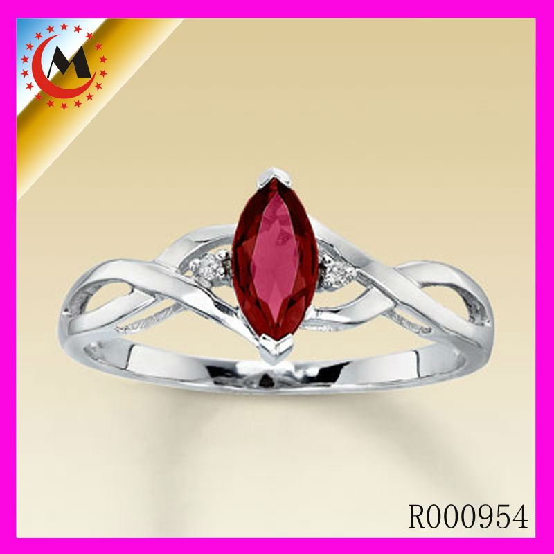 2013 RED STONE RINGS JEWELLERY/WEDDING RING FOR SALE