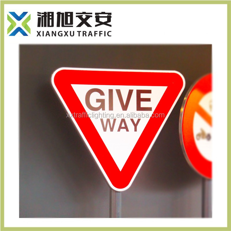 Factory price high reflective road safety slogans and sign