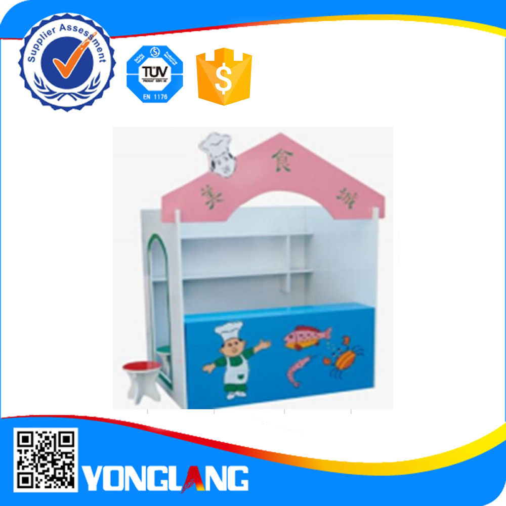 2015 Special design attractive recycle plastic doll house for sale(YL 0615 )