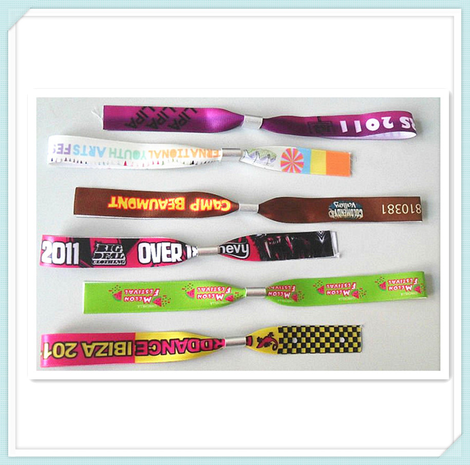 HT gift---Custom your logo for wristband printing machine