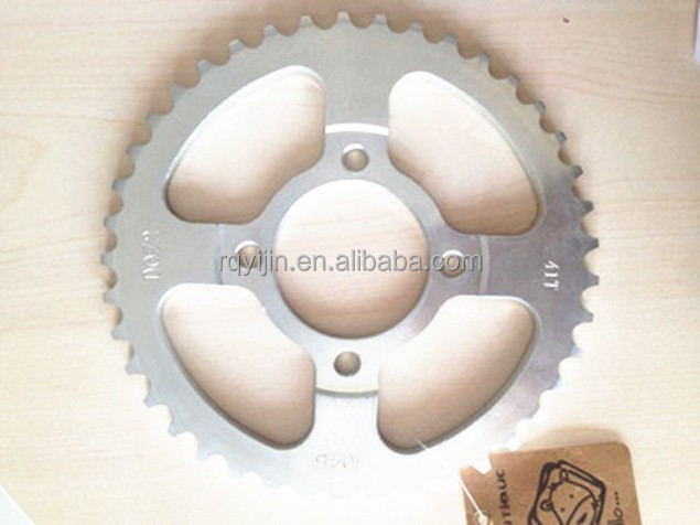 CD70 Motorcycle Sprocket for Pakistan