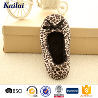 Design lovely sexy leopard dance shoes for women