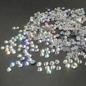 High shining 16 cuts facets Crystal clear Hot fix Rhinestones wholesale a3076a784ec2