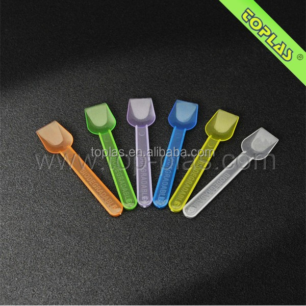 Colorful Ice Cream Spoon / China Wholesale all kind of plastic spoon / Popular plastic disposable tableware set