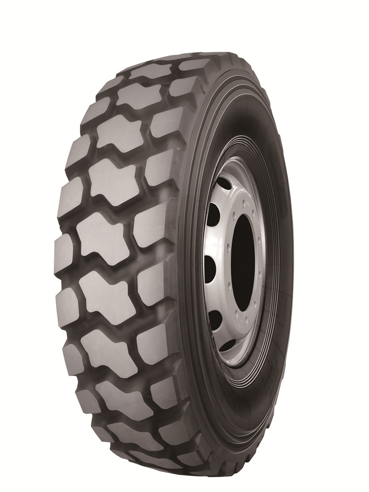R83 pattern On and off road 13R22.5 mining truck tire dump truck tire