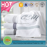 White Embroidery Pattern Cut Pile Low Twist Cotton Hand Towel