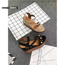 2017 new fashion thick bottom wedge women sandals