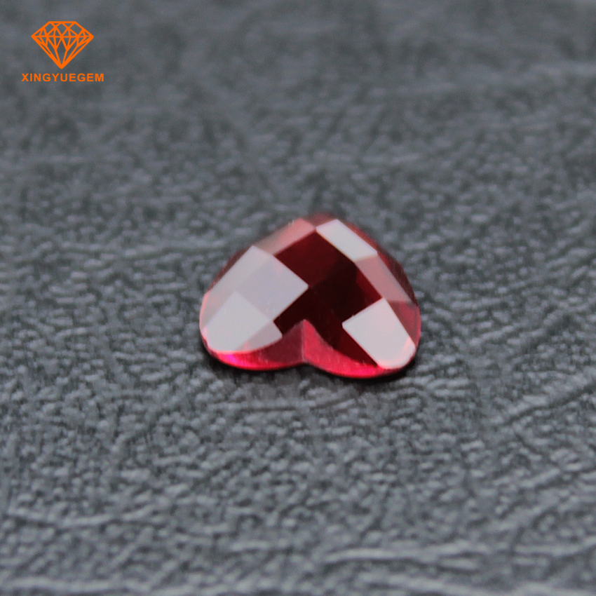 Beautiful design heart shaped red glass cut stones