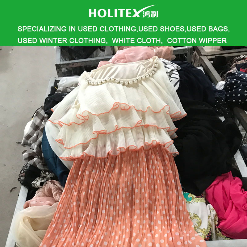 used clothing in Canada all age group mixed material second hand wholesale clothes in bulk with cheap price