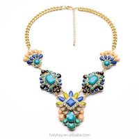 Gold jewelry statement necklace for fashion weeding accessory
