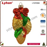cheap glass ornament made in China for indoor Christmas decoration
