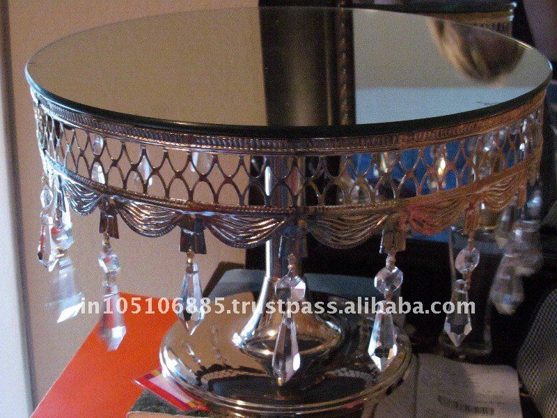 Crystal cake stand/Antique cake stand with hanging crystals/Decorative wedding cake stand