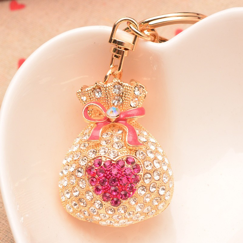 Cheap wholesale wholesale manufacture high quality rhinestone keychain