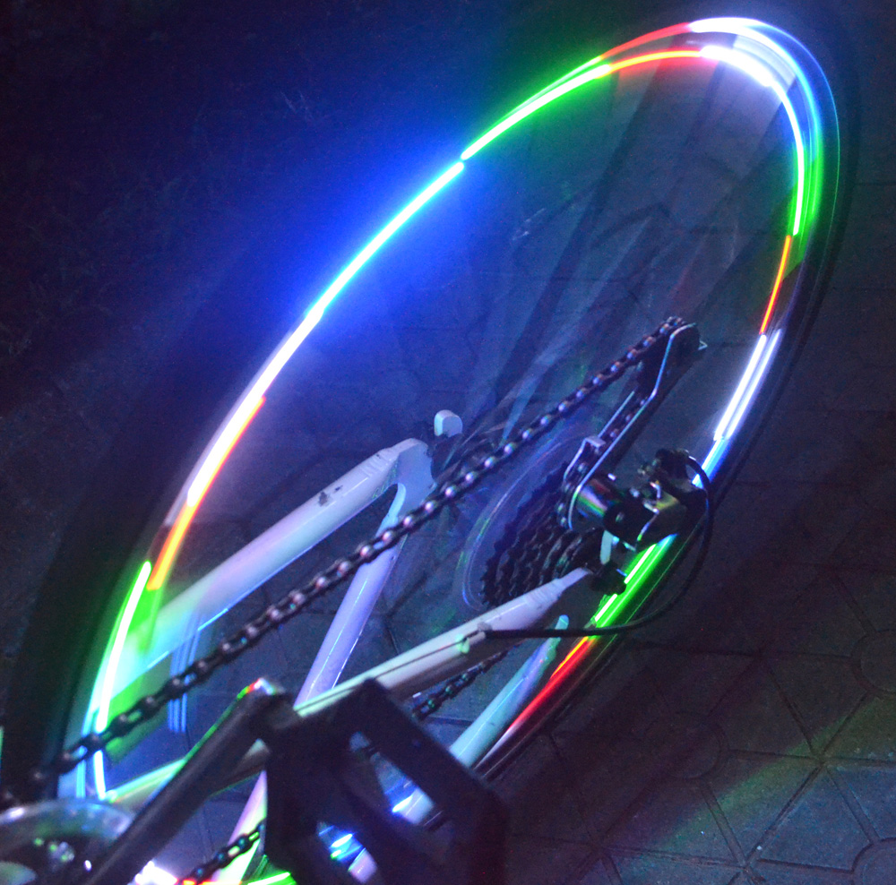Smallest Super light weight economic rechargeable LED bike wheel light, China LED bike spoke decoration