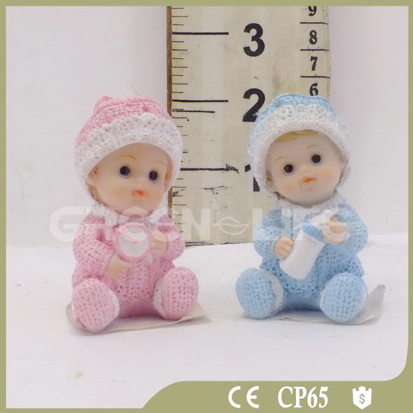 Small Polyresin Baby Figurines for Baby Shower Gifts