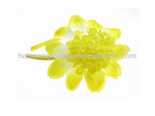 Yellow flower hair band/hair garland crown for summer holiday on sandbeach