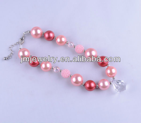 kids pink design chunky plastic pearl beads necklace with crystal charm