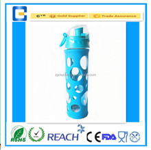 2015 new design drinking /sports/travel/Borosilicate glass water bottles with silicone