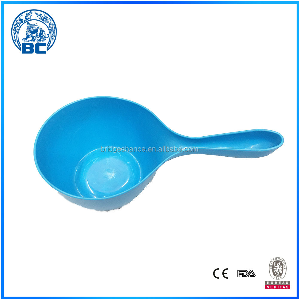 Kitchen Plastic Colorful Bailer With Handle