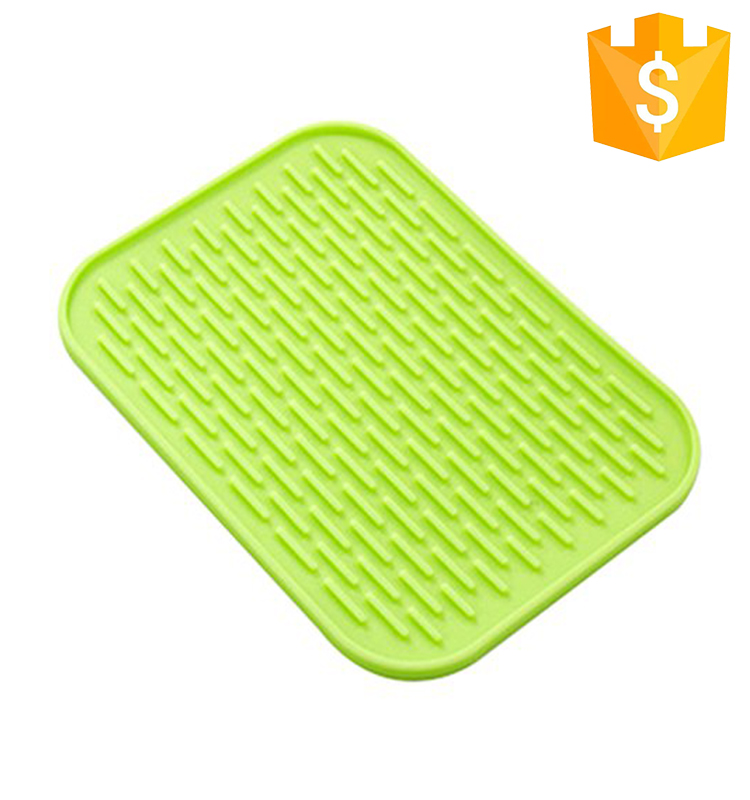 Premium Heat Resistant 4 Colors Rectangle Kitchen Tools Custom Folding Plate baking Silicone Dish Drying Mat