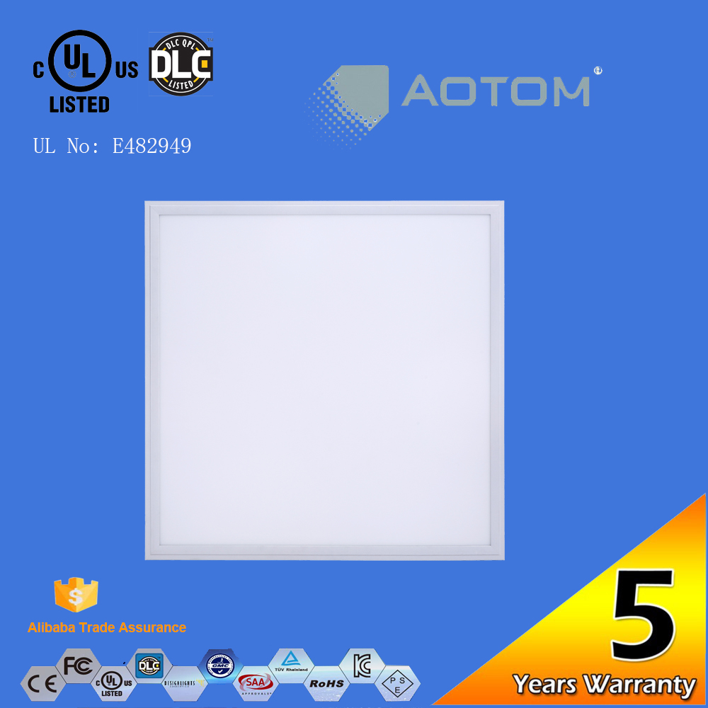 80-130lm/w light 62x62 led panel recessed installed for Europe