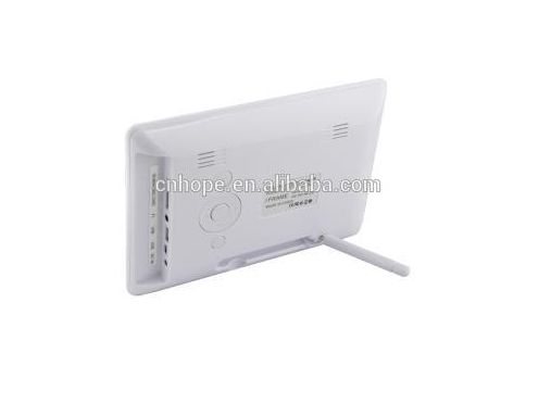 Chinese supplier wall mount slim digital advertising display board