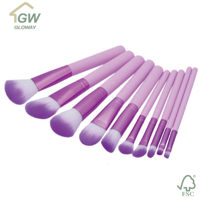 Hot sale goat hair oval makeup brush oem odm wood handle professional makeup brushes