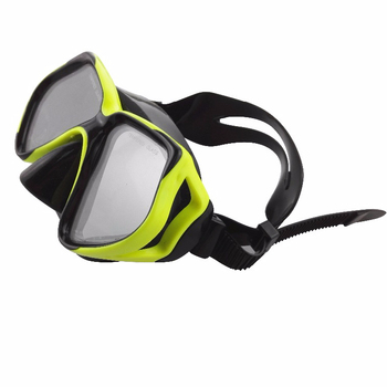 Diving equipment for swimming pool