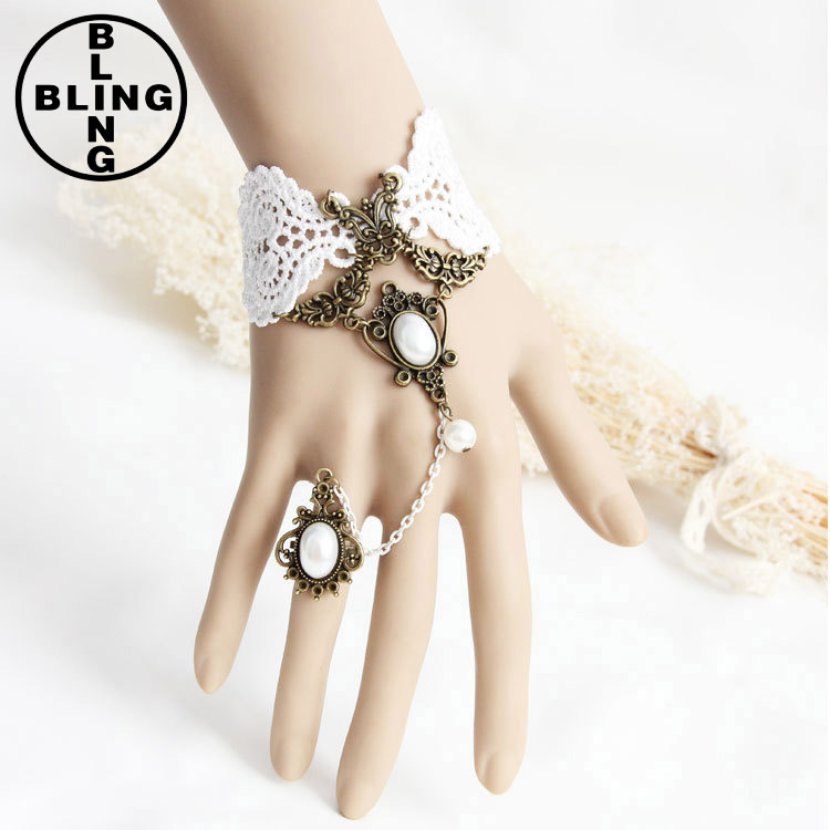 Europe fashion antique white lace bride wedding dress accessory ladies rhinestone jewelry finger chain bracelet ring set