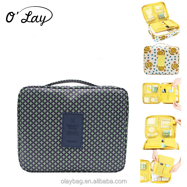 Hot selling promotional cosmetic travelling square washing bag