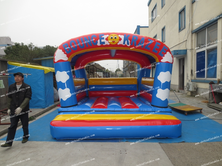 Jumping castle inflatable, amazing customized bouncer , high quality bouncy castle made in China