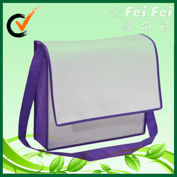 Small nonwoven shoulder bag with zipper
