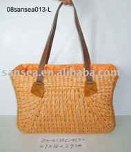 straw lady's handbag