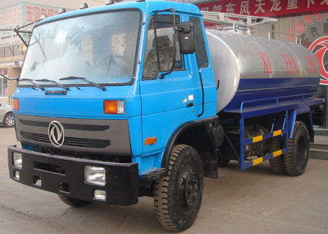 Dongfeng Hot Sales 9 CBM Sewage Suction /Vacuum Suction Tanker Truck