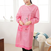 100% High Quality OEM Long Sleeve Covered Pink Washable Animal Cutting Cartoon Apron With Pocket C002