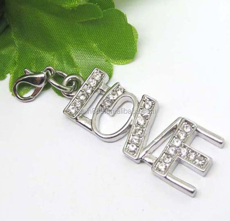 Guangzhou Factory bulk sale letter love charm for lovers