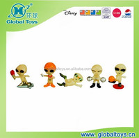 HQ9697 Alien dolls glow in dark with EN71 standard for promotion toy