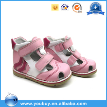 2 color closed toe baby orthopedic shoes ,cute baby sandals shoes