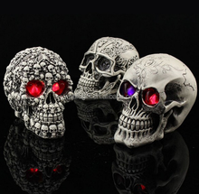 halloween party club bar scary gift glowing propsLED night light novelty thrick toy skull head decoration