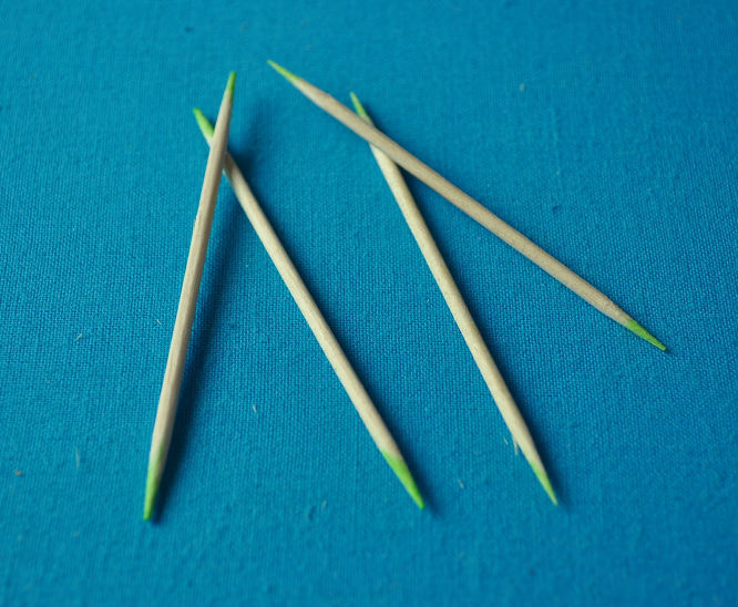 <strong>100</strong>,000pcs natural wooden toothpicks in sale
