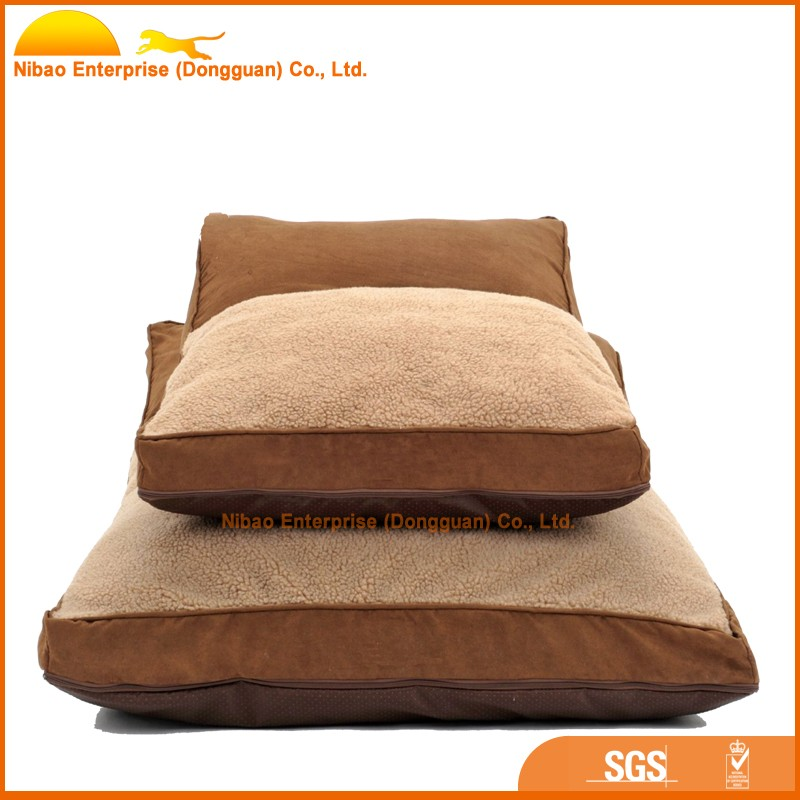 Washable and comfortable fleece waterproof dog bed
