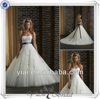 QQ783 Puffy lace black and white wedding dress with black sash ready made wedding gown