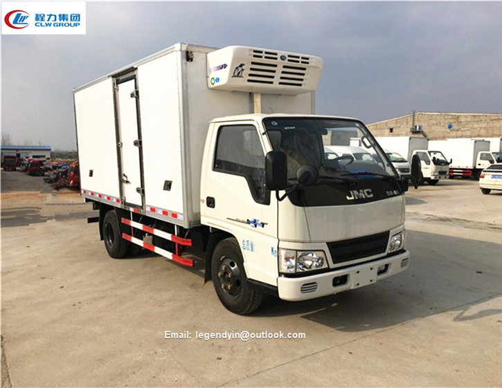 Brand new Euro 4 5 JMC light mini van truck popular in Latin areas 4000kg small refrigerated truck box for sale
